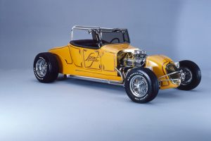 Street rod customizing meets short-track race-car design.