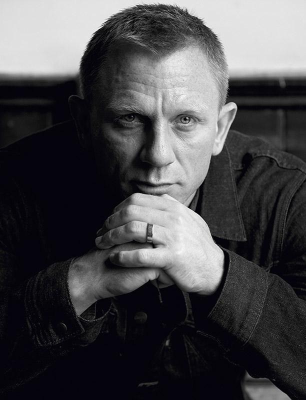 DAC001 : Daniel Craig - Iconic Images