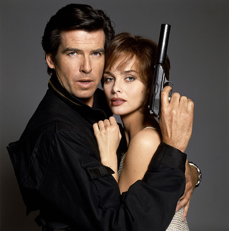 Pierce Brosnan and Izabella Scorupco