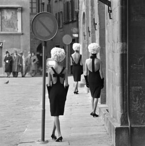 The Italian Collections, Three Little Black Dresses