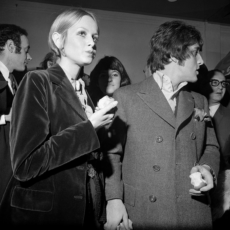 Twiggy and Justin de Villeneuve