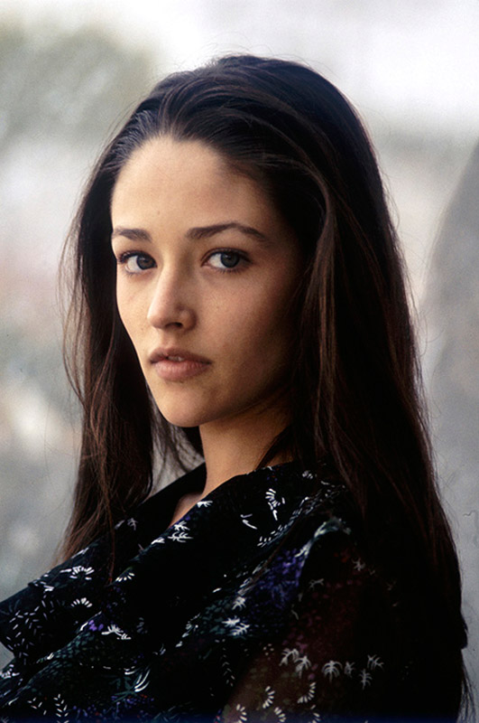 TOF081 : Olivia Hussey - Iconic Images Olivia Hussey